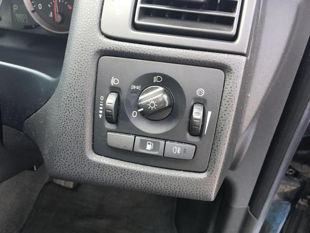 ボルボ ボルボ V50 2.4 本革パワーシート 純正アルミ CD