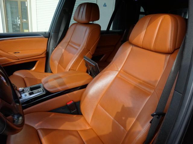 BMW BMW X5 M ベースグレード サンルーフ ブラウンレザーシート 左ハンドル