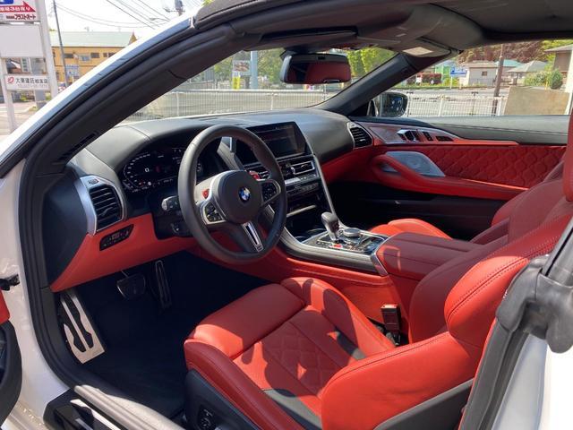 「BMW」「M8」「オープンカー」「千葉県」の中古車12