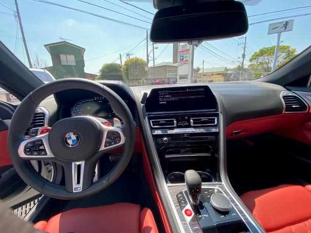 「BMW」「M8」「オープンカー」「千葉県」の中古車13