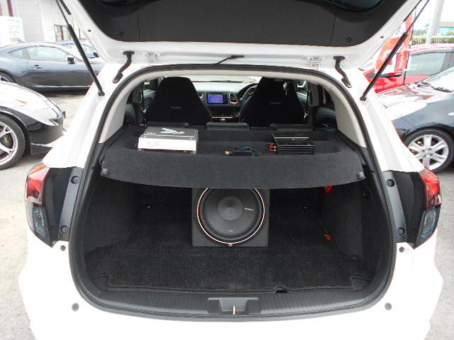 ホンダ ヴェゼル ハイブリッドX4WD フルエアロ 車高調 ノブレッセマフラー