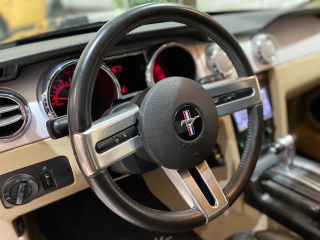 V6 プレミアム フォードジャパン正規ディーラー車/ALPINE HDDナビ/フルセグTV/HDD音楽/CD&DVD/バックカメラ/ETC/20inchアルミホイール/黒革シート/パワーシート/エレノア風エアロ(17枚目)