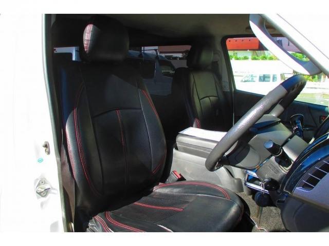 トヨタ ハイエースバン 3.0 スーパーGL ロング ディーゼルターボ ディーゼルタ