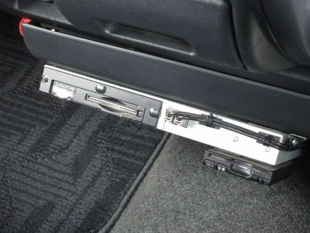 トヨタ ハイエースバン ロングスーパーGL デイトナゴールドHDDナビETCベッド