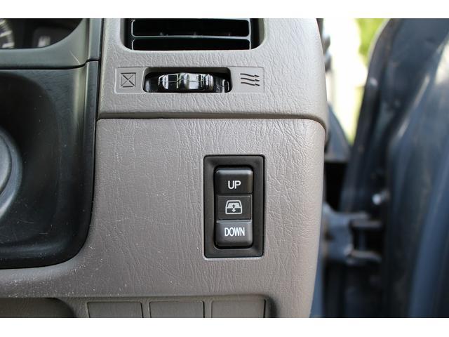 ◆ヘッドライトのHID化やLED化はもちろん、フォグや室内灯の取り扱いももちろん可能です!ご希望の箇所・ご希望の色・LEDなどご相談下さい!ご納車時にはご要望にお応えしたカタチでご用意致します。