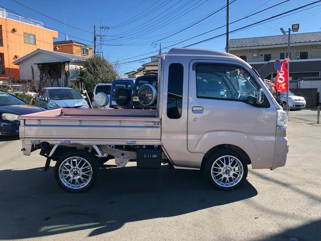 ジャンボ 4WD 純正SDナビ HIDヘッドライト ETC(4枚目)