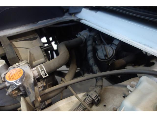 エンジン異音など無く調子の良い状態です。マフラーからの白煙なども有りません。ミッションもスムーズに変速いたします。