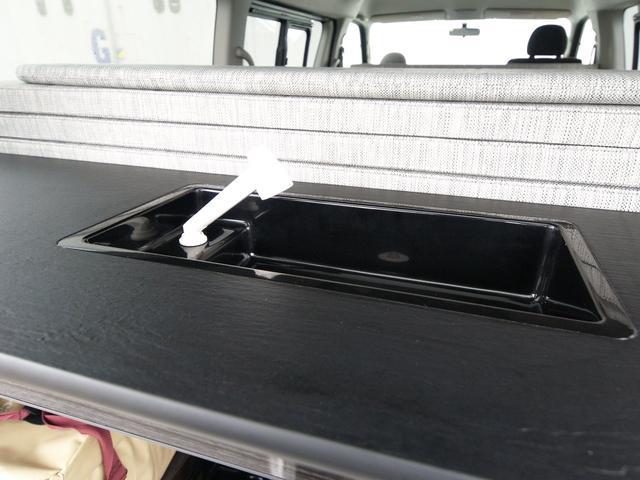 ファミリーワゴン走行充電サブバッテリー外部電源2段ベッド(7枚目)