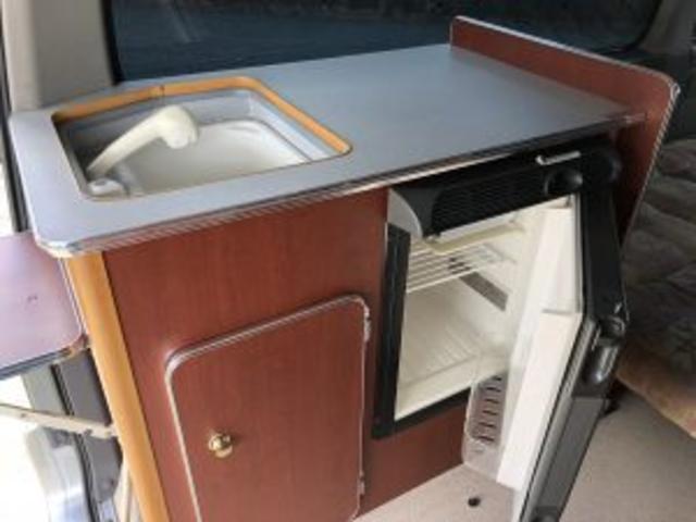 ロールーフキャンパー サブバッテリー シャワーヘッド 冷蔵庫(7枚目)
