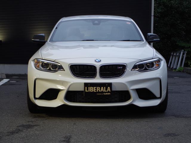 BMW BMW M2 ベースグレードアダクティブヘッドライト