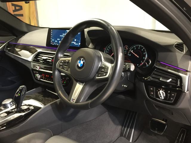 540i xDriveツーリング Mスポーツ ハイラインPKG/イノベーションPKG/インテリジェントセーフティ/ACC/黒革シート/シートヒーター/トップビューカメラ/バックカメラ/HUD(11枚目)
