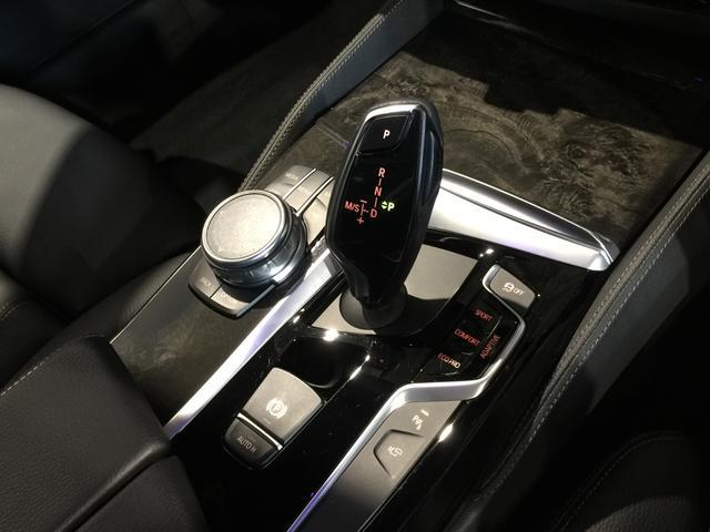 540i xDriveツーリング Mスポーツ ハイラインPKG/イノベーションPKG/インテリジェントセーフティ/ACC/黒革シート/シートヒーター/トップビューカメラ/バックカメラ/HUD(19枚目)