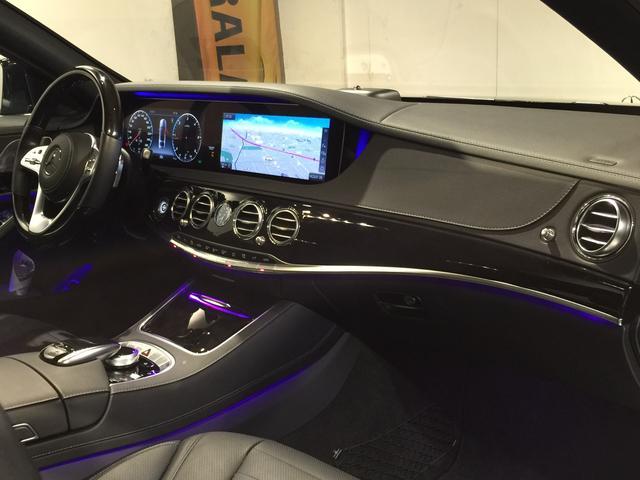 S400d 4マチック AMGライン AMGラインプラス ベーシックPKG レザーエクスクルーシブPKG パノラミックスライディングルーフ 黒革 4MATIC(15枚目)