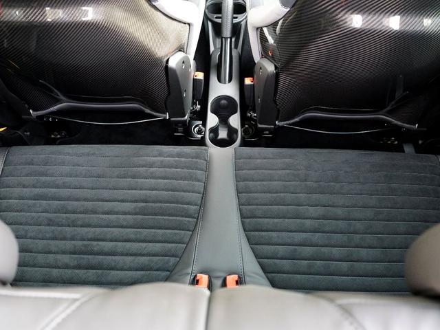 アバルト アバルト アバルト595 コンペティツィオーネ パフォーマンスパッケージ左H&MT車