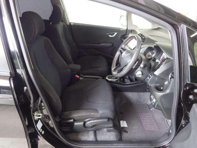 ホンダ フィットハイブリッド RS ファインスタイル ワンオーナー1年保証付