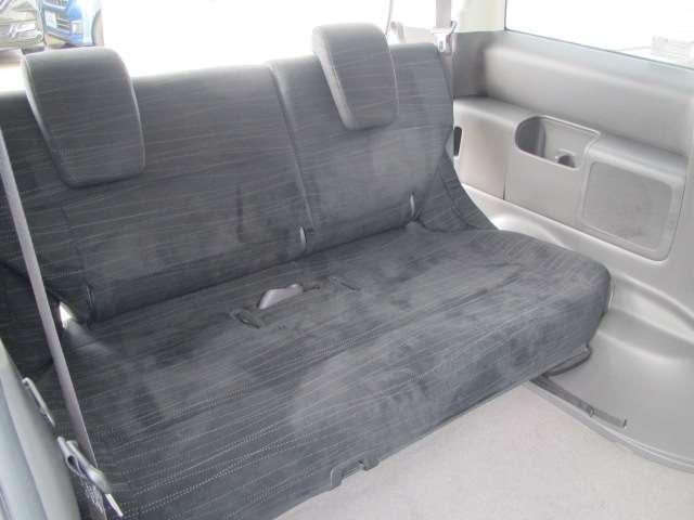 3列目シートは人にも荷物にも対応出来る便利なシートになります♪                                    ホンダカーズ東京中央 北池袋店  03-3959-1155
