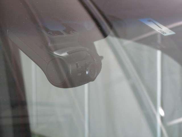 法定12ヶ月点検整備付※商用車は6ヶ月点検整備付今までの走行距離や使用状況を見て、お客様に安心してお乗りいただけるよう、法定点検項目およびユーセレクトで定めている基準を元に整備され納車しております!