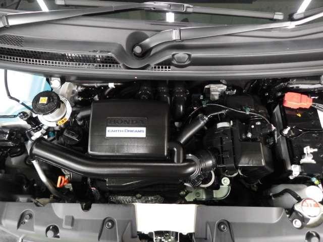 Lホンダセンシング 8型プレミアムインターナビ リモコンエンジンスターター 前後ドライブレコーダー ドアバイザー LEDイルミ付サイドステップガーニッシュ 充電用USBジャック 360°スーパーUV・IRカットパッケージ(19枚目)