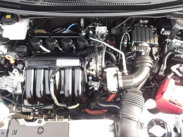 ホンダのハイブリッドエンジンの力強い走りと燃費の良さをご堪能ください。