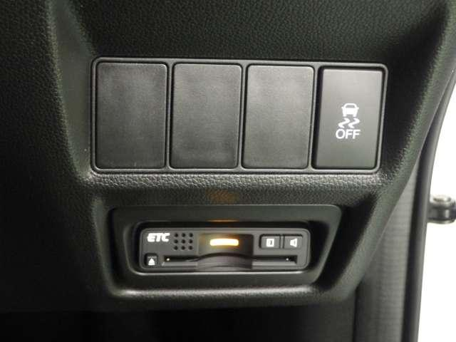 【ETC】便利なETC車載器も装備!高速道路の料金所もスムーズに通過できます。今や必須の装備ですね!お客様用にセットアップをしてのお渡しとなります!