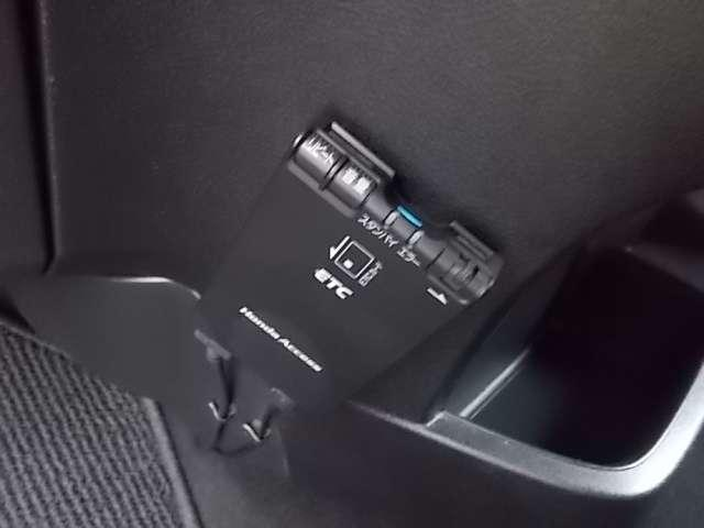 X特別仕様車 HDDナビエディション HIDヘッド キーレス ナビ 禁煙 HDDナビ ETC リアカメラ 1オーナー AAC AW CD(16枚目)