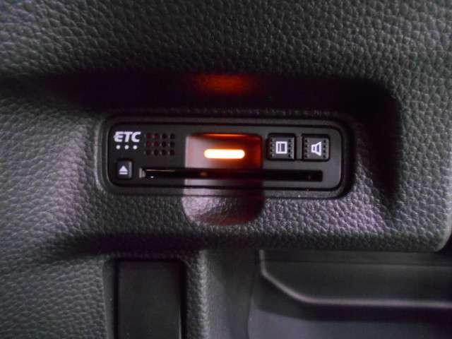 G・Lターボホンダセンシング ギャザス8intナビ 両電ドア スマートキ キーフリー ワンオーナ ESC LEDヘッド ターボ車 バックカメ メモリナビ 地デジ ナビTV クルコン ETC スマートキー アルミ ベンチシート CD(14枚目)