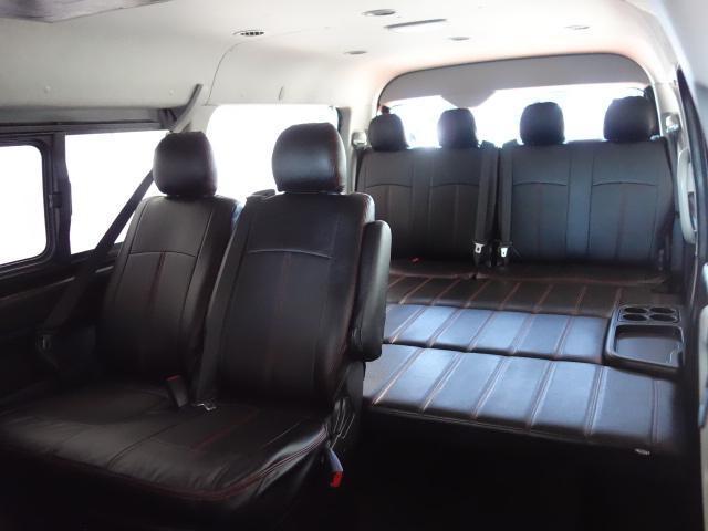 トヨタ ハイエースワゴン ハーツ製ベットKITツインナビパッケージ18AW