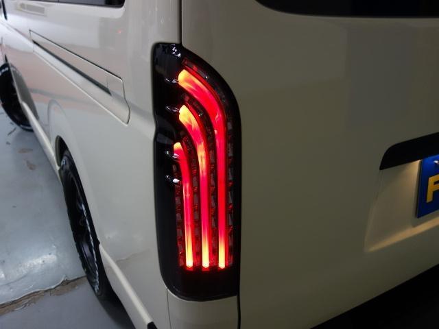 ロングDX GLパッケージ ライトイエロースポーツパッケージ17インチアルミローダウン(4枚目)