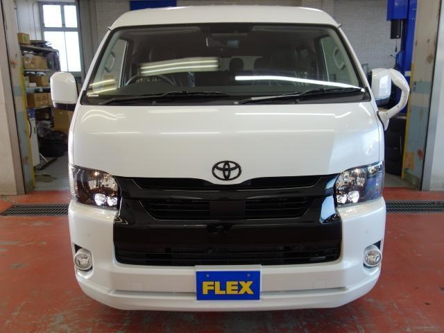 新車ワゴンGL2700ガソリン2WDパールホワイト、艶有りブラックに拘り作成した1台!!シンプルにスポーティーに仕上げました!!