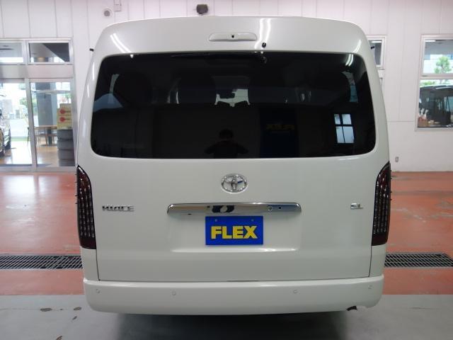 GL FLEXオリジナルシートアレンジAS施工オリジナル17インチアルミ1.5インチローダウンオリジナルフロントスポイラーオリジナルオーバーフェンダーパイオニア製SDナビフリップダウンモニター装着済み(6枚目)