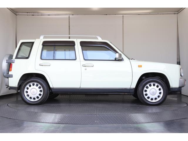 タイプII背面タイヤカバー付A/T車ルーフレール内装ベージュ(5枚目)