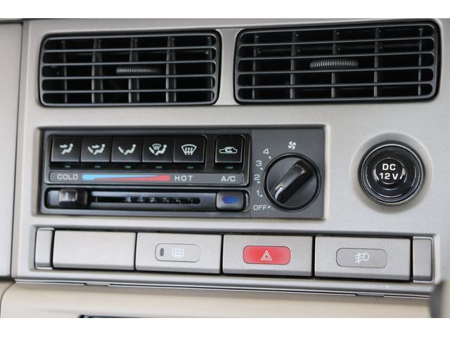 タイプII背面タイヤカバー付A/T車ルーフレール内装ベージュ(16枚目)