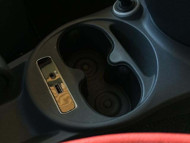 【修復歴なし】当社は修復歴(事故歴)のある車は販売致しません。徹底した検査を実施しており、車両のあらゆる情報・状態を開示致します。