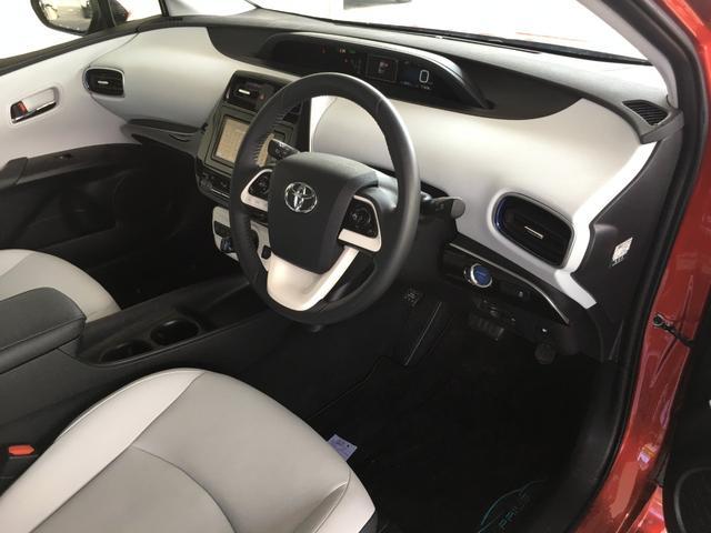 トヨタ プリウス S ツーリングセレクション メモリーナビ フルセグTV