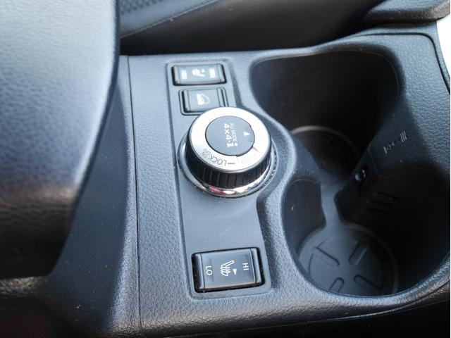 【 シートヒーター 】寒い日などはマストアイテムですね!4WDとの切り替えで力強い走りを体感ください