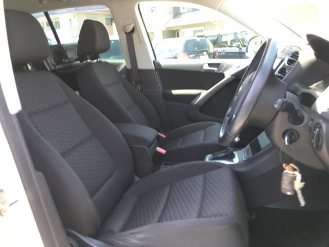 トラック&フィールド 4WD HDDナビ フルセグTV バックカメラ ETC MTモード付AT オートライト HIDライト フォグライト 純正アルミホイール キーレス スペアキー(8枚目)