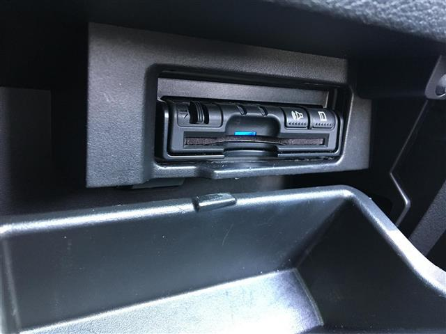ハイウェイスター Vセレクション 純正メモリナビ/CD/DVD/フルセグTV/Bluetooth/全方位カメラ/衝突軽減ブレーキ/アイドリングストップ/純正ドライブレコーダー/ETC/LEDヘッドライト/コーナーセンサー(8枚目)