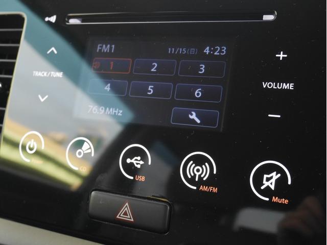 G FOUR 純正オーディオ(CD再生/AM/FM バックモニター スマートキー&プッシュスタート シートヒーター 電格ミラー ヘッドライトレベライザー バニティーミラー ウィンカーミラー(3枚目)