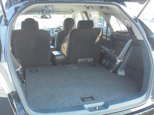 サードシートを収納すると広めのラゲッジスペースとして使用できます^-^