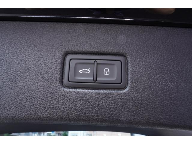 「アウディ」「アウディ Q7」「SUV・クロカン」「東京都」の中古車42