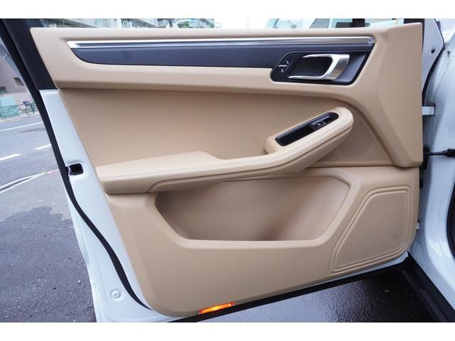「ポルシェ」「ポルシェ マカン」「SUV・クロカン」「東京都」の中古車43