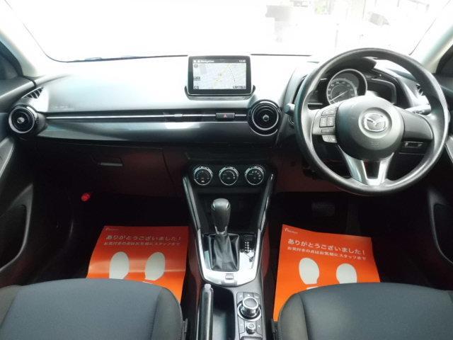 13S 禁煙車 マツダコネクトナビ 衝突軽減ブレーキ アドバンスキー アイドリングストップ Bluetooth AUX SPORTモード ステアリングスイッチ LEDヘッドライト USB接続(3枚目)
