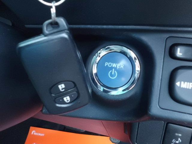 S 純ナビ フルセグ バックカメラ スマートキー 純正フルエアロ Bluetooth DVDビデオ再生 USB接続 オートエアコン プッシュエンジンスタート スペアキー ETC 純アルミ(7枚目)