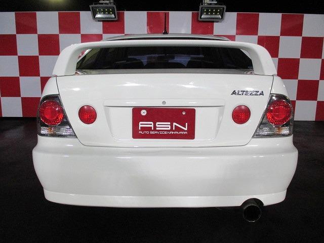 トヨタ アルテッツァ AS200 社外17インチアルミ