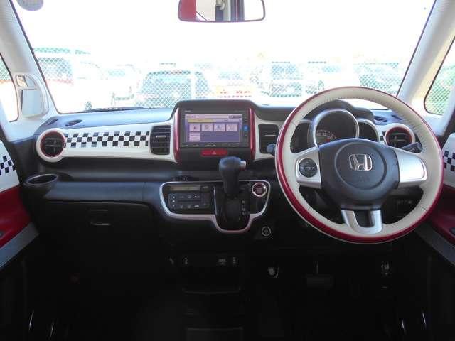 G・Lインテリアカラーパッケージ 2年保証付 メモリーナビ フルセグTV バックカメラ ワンオーナー車 サイド&カーテンエアバッグ シートヒーター ディスチャージドランプ オートライト スマートキー ETC(7枚目)
