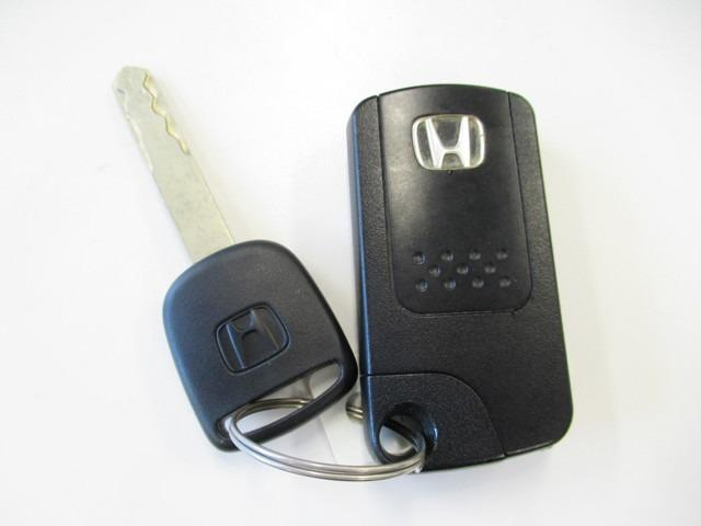 ホンダ フィット RS 6速マニュアル メモリーナビ
