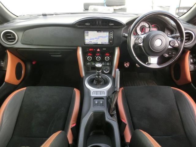 GTリミテッド 後期 6速ミッション 新品レアマイスタ-18インチAW&新品タイヤ BLITZ車高調 HIDヘッド LEDフォグ クルコン SDナビ フルセグ Bカメラ クルコン シ-トヒ-タ- ETC(10枚目)