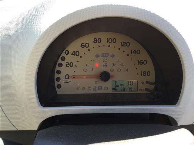 トヨタ パッソ X 4WD ワンオーナー メモリーナビ キーレス