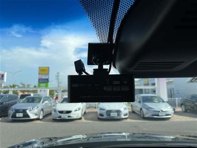 EX ワンオーナー 純正メモリナビ ドライブレコーダー ハーフレザー シートヒーター レーンキープ レーダークルーズコントロール フルセグテレビ バックカメラ ドアバイザー プッシュスタート ETC(4枚目)
