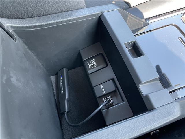 EX ワンオーナー 純正メモリナビ ドライブレコーダー ハーフレザー シートヒーター レーンキープ レーダークルーズコントロール フルセグテレビ バックカメラ ドアバイザー プッシュスタート ETC(6枚目)
